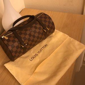 💁♀️💯Authentic Louis Vuitton Brown papplion bag.